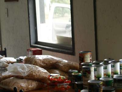 food pantry open for holidays